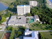 Вид на территорию пансионата Литфонд