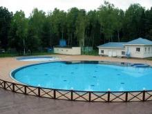 Открытый бассейн с подогревом